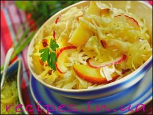 Салат из капусты с яблоками