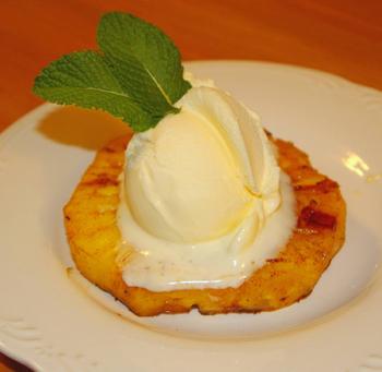 Быстрый десерт Мороженое с ананасом